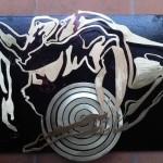 Genesi -  Opera scultorea in metallo  su  legno   di  Francesca Morozzi
