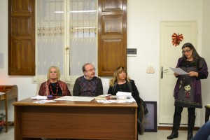 Da sinistra :G.Massenz,E.Miglioli, M.L. Ingallati .Presentava:A.R.Delucca (in piedi )